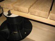 Под деревянной плиткой