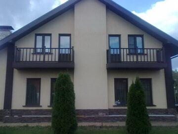 Обшивка балконов террасной доской